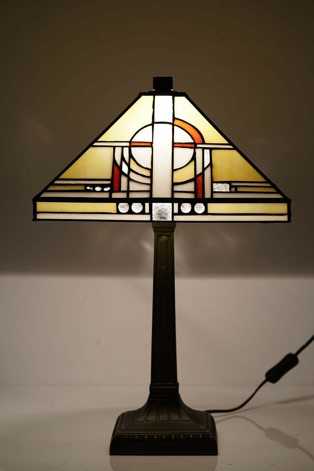 Tiffany Style Table Lamp 12 Glass Square Art Deco Shade And Resin Base Khufu Lights And Linen